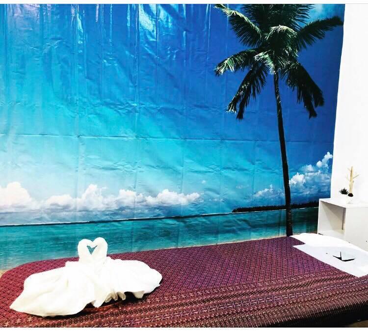 Luxurious Table Massage